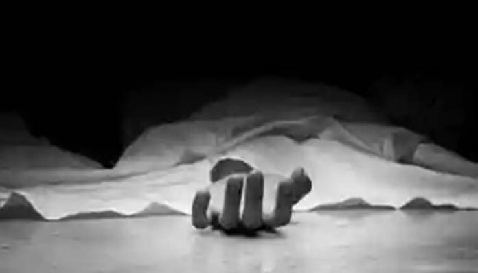 STUDENT SUICIDE Woman commits suicide along with her child after an altercation with her husband