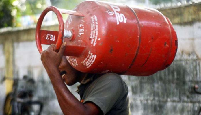 gas cylinder Gas duck .. What is the price of the increase once again.?